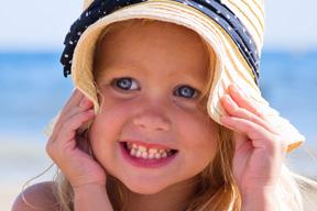 Mosaikbild aus Kinderfotos einfach